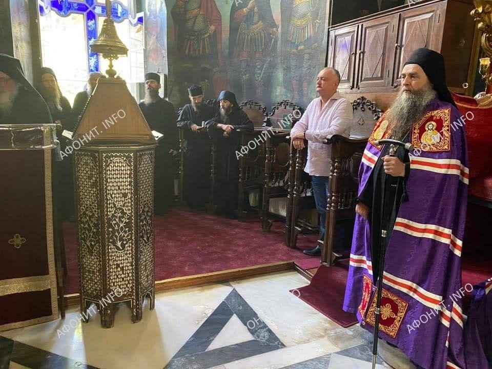 (ФОТО) Президент Молдовы посетил Святую Гору Афон