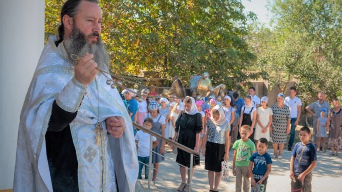 Проповедь в храме с. Копчак после молебна перед началом учебного года