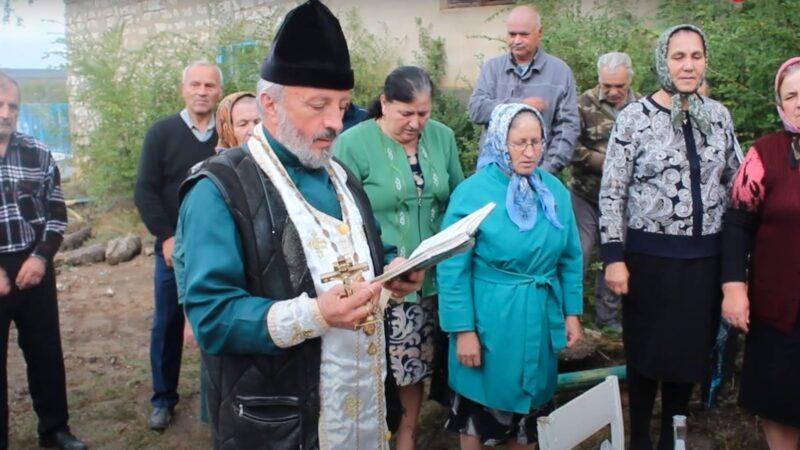 (ВИДЕО) В селе Бешгиоз найден склеп с останками захоронений священнослужителя