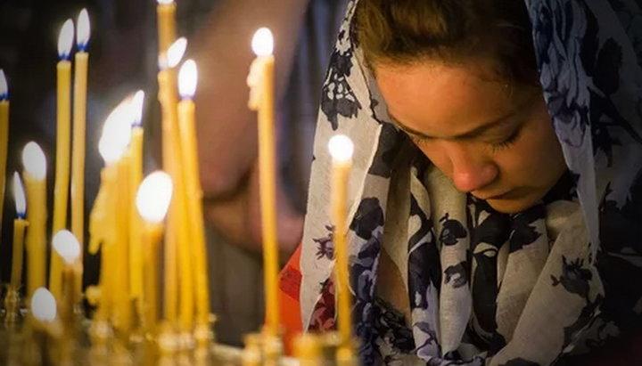 Почему люди плачут на службе в храме?