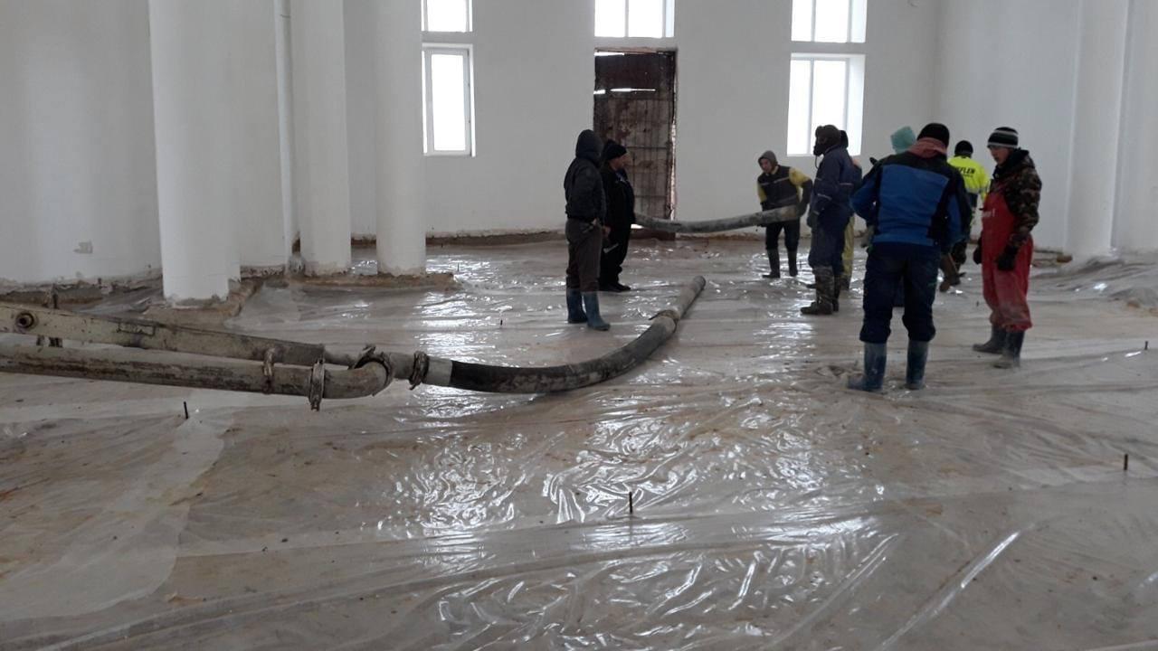 (ФОТО) В Вулканештском храме стартовали работы по заливке пола