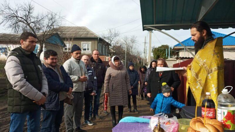 (ФОТО) В Чадыр-Лунге освятили колодец по одной из улиц