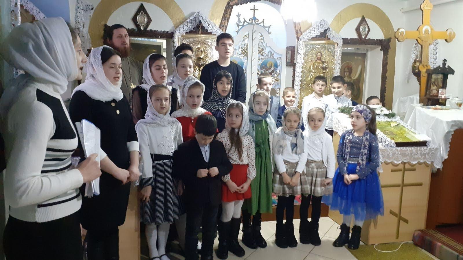 (ФОТО) Рождественские выступления в храме г. Вулканешты