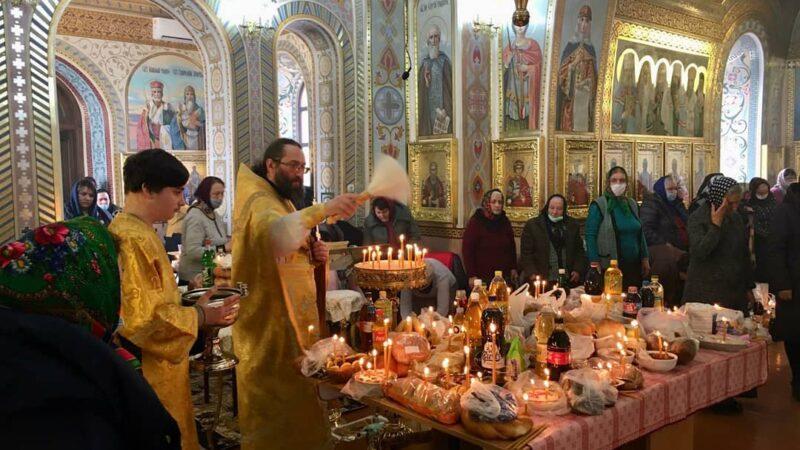 (ФОТО) Мясопустная родителькая суббота в храме с. Авдарма