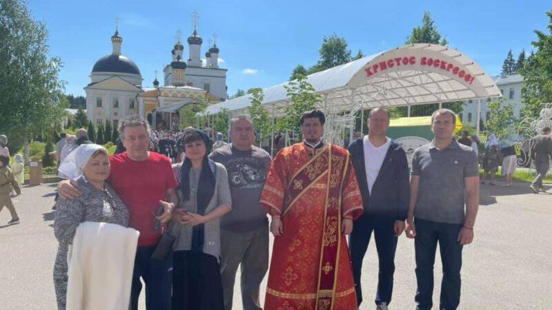 Представители гагаузской диаспоры Москвы и Подмосковья молились в древнем монастыре Давидовой Пустыни