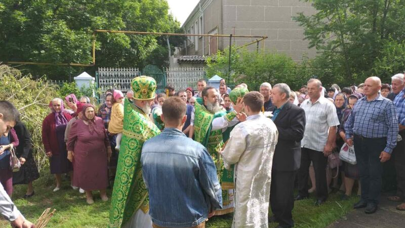 (ФОТО) Свято-Троицкий храм в селе Конгаз отметил престольный праздник (курбан)