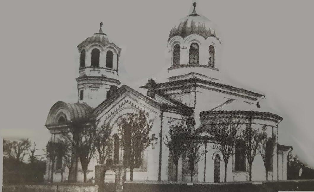 (ФОТО) Первые церкви Чадыр-Лунги. История их создания, разрушения и возрождения