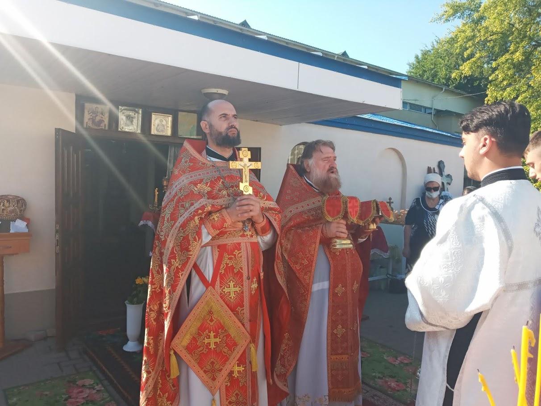 (ФОТО) Престольный праздник в Свято-Пантелеимоновском храме мун. Чадыр-Лунга