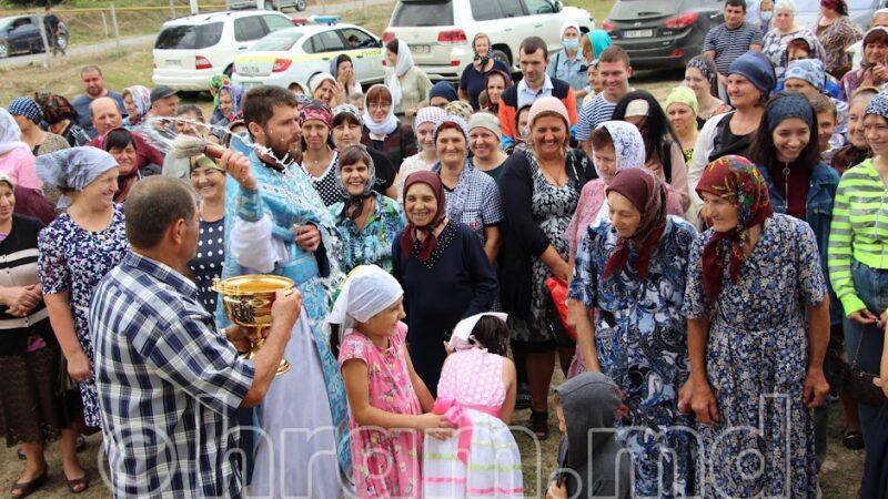 (ФОТО) В Чишмикиое отпраздновали престольный праздник в новом храме
